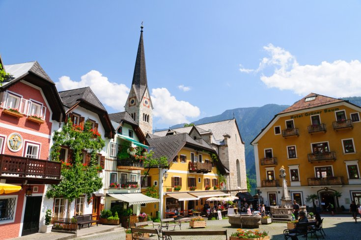 sightseeing in Hallstatt
