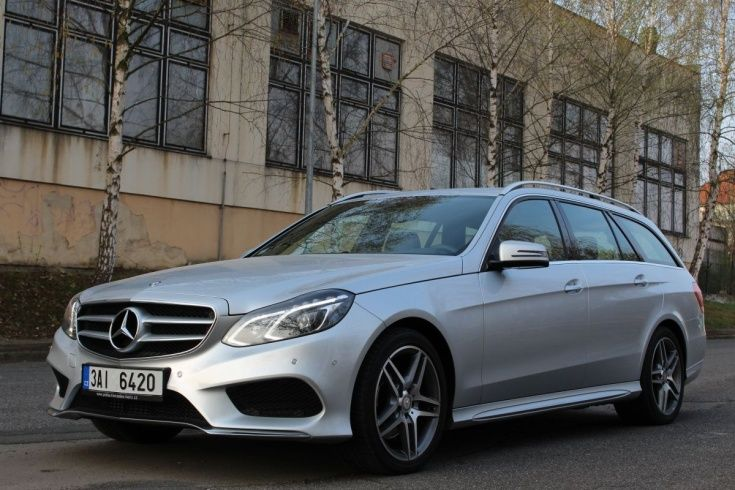 Mercedes Benz E class - Prague  Vienna Taxi